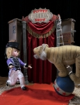 сцена из кукольного шоу
